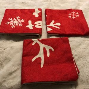 """NWT 3 pack Christmas Pillow Covers 17""""x17"""""""